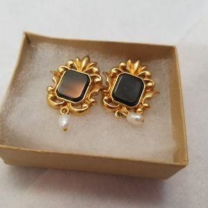 Vintage Avon earrings